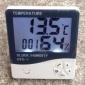 大屏幕家用温湿度计 高精度室内电子温度计HTC-1 带声控灯闹钟